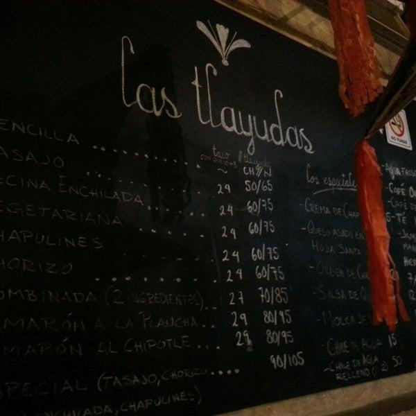 2/23/2014에 Erasmo Z.님이 Las Tlayudas - Comida Casual Oaxaqueña에서 찍은 사진