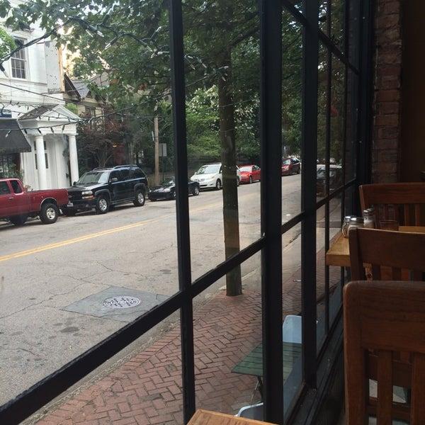 6/19/2014にLindsey M.がGrant Central Pizza & Pastaで撮った写真