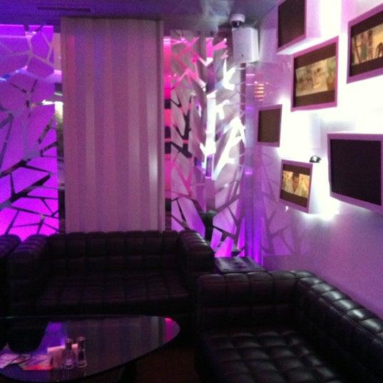 Снимок сделан в Cafe Studio 89,5fm пользователем julia r. 10/24/2012