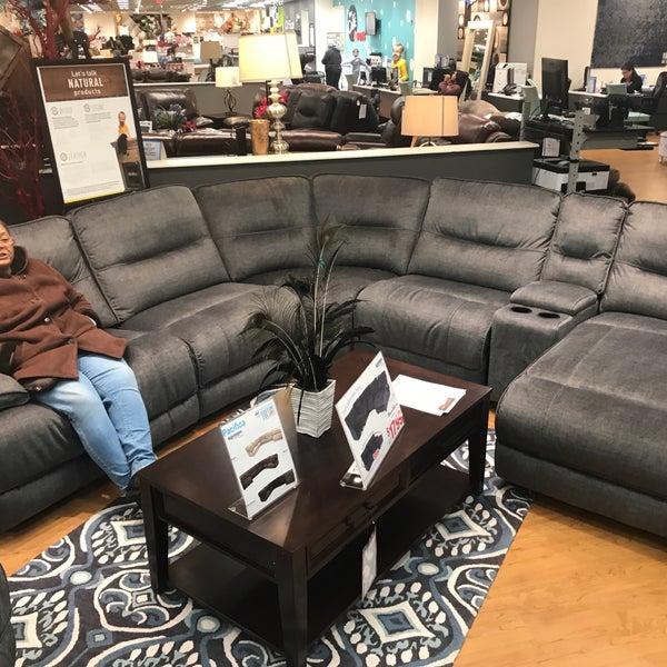 Bob S Discount Furniture And Mattress Store Kingsbridge 3 Tips