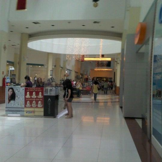 รูปภาพถ่ายที่ Shopping Iguatemi โดย Tico P. เมื่อ 12/1/2012