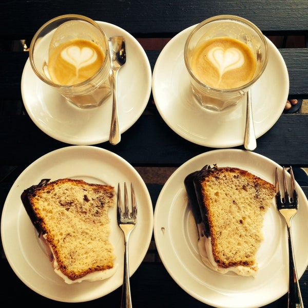 8/5/2014에 Zsuzsi S.님이 Tamp & Pull Espresso Bar에서 찍은 사진