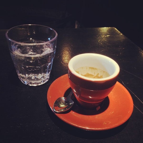 Das Foto wurde bei Coffee Foundry von Reef L. am 3/11/2014 aufgenommen