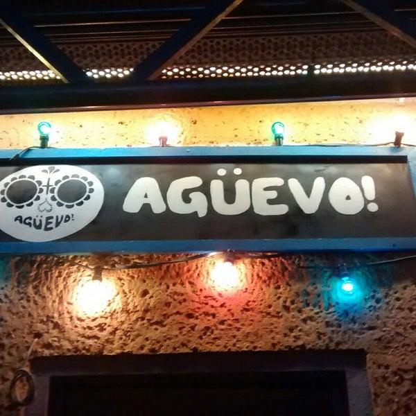 11/14/2014에 Carlos T.님이 AGÜEVO! Taquería Cantina에서 찍은 사진