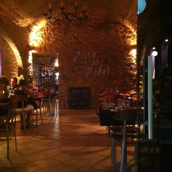 9/2/2013에 Ana C.님이 Pizza na Pedra에서 찍은 사진