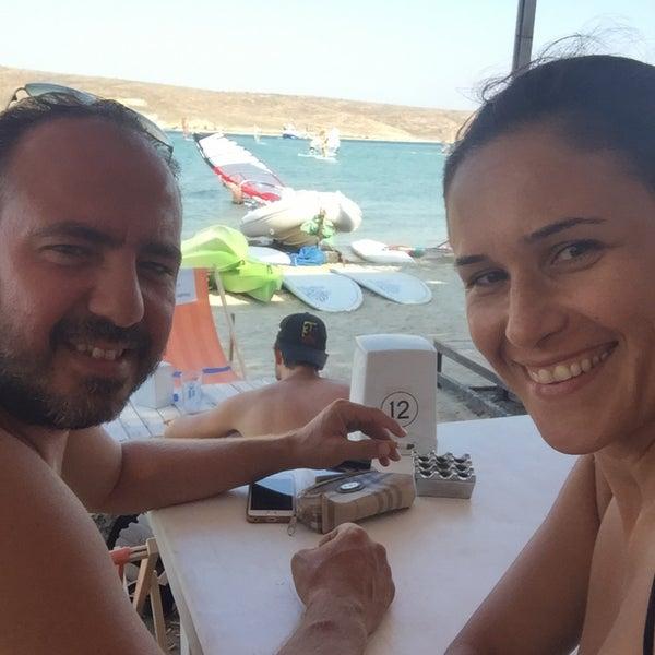 Das Foto wurde bei Alaçatı Surf Paradise Club von Zerrin am 8/31/2018 aufgenommen