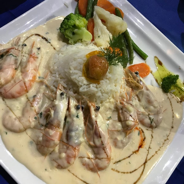 Исаак таверна айя напа фото блюд