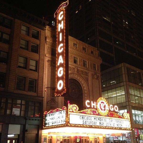 5/26/2013에 Roberto P.님이 The Chicago Theatre에서 찍은 사진