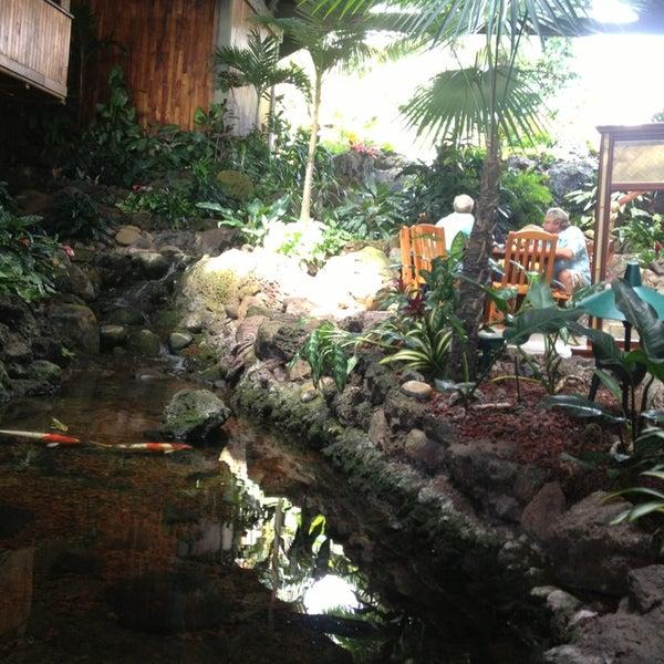 2/13/2013에 Jessica N.님이 Duke's Kauai에서 찍은 사진