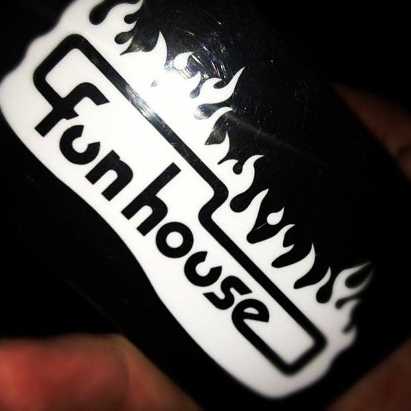 10/13/2012にItalo S.がFunhouseで撮った写真