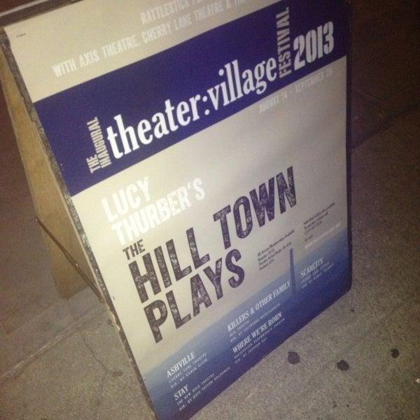 9/25/2013にRawb L.がRattlestick Playwrights Theaterで撮った写真
