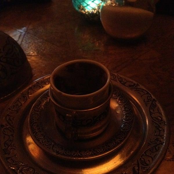 Das Foto wurde bei MokkaTeeria von Seyma A. am 12/19/2013 aufgenommen