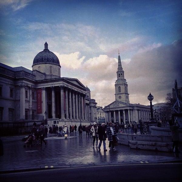 Photo prise au National Gallery par Domingo S. le12/17/2012