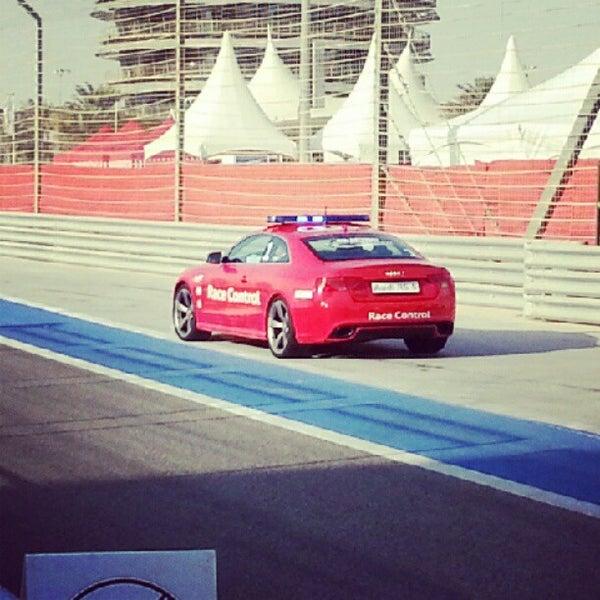 Foto scattata a Bahrain International Circuit da Ejaz S. il 9/30/2012