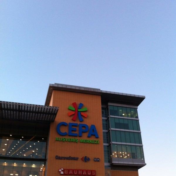 Das Foto wurde bei Cepa von ÖZGE am 9/9/2013 aufgenommen