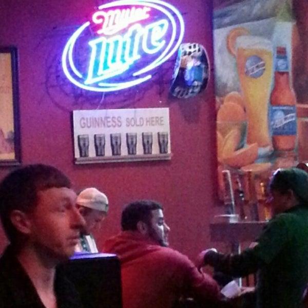 3/15/2014에 Curtiss J.님이 Wild Tymes Sports & Music Bar에서 찍은 사진