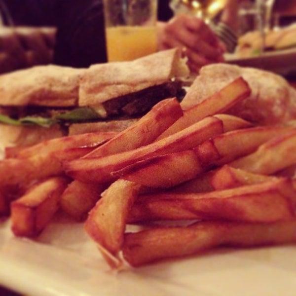 Photo prise au Restaurante Miya par Daigo M. le11/1/2013