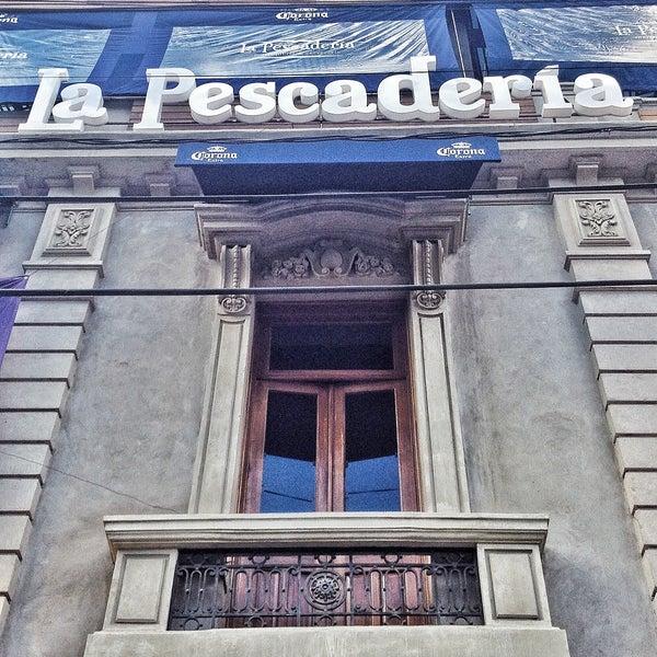 Снимок сделан в La Pescadería пользователем La Pescadería 10/29/2013