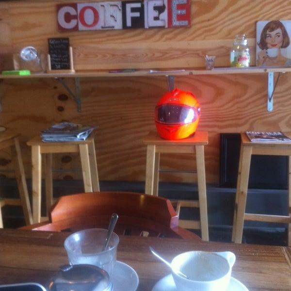 Foto tirada no(a) Viggo's Specialty Coffee por Thomas V. em 9/21/2013
