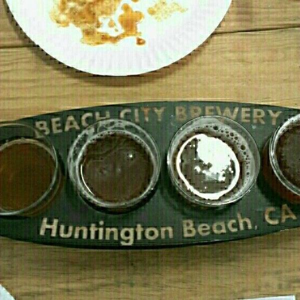 Foto tomada en Beach City Brewery por Scott B. el 6/18/2014