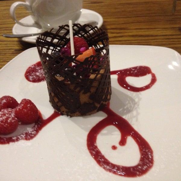 Foto tirada no(a) Chateau Dessert por Gery B. em 12/30/2013