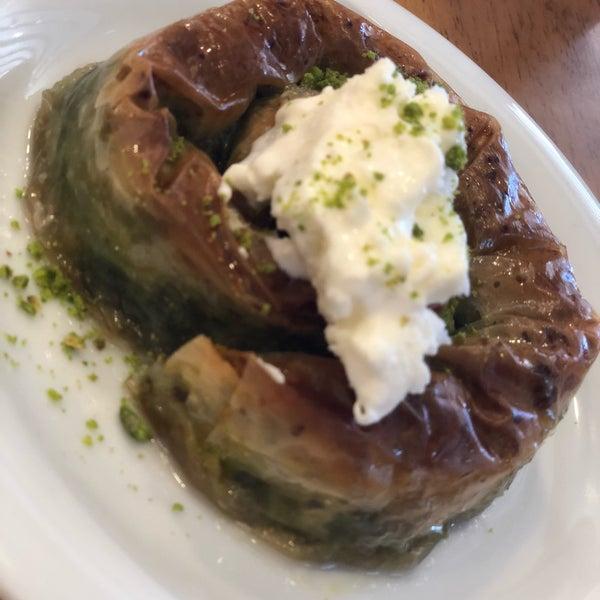 10/27/2018 tarihinde Elif B.ziyaretçi tarafından Has Konya Mutfağı'de çekilen fotoğraf