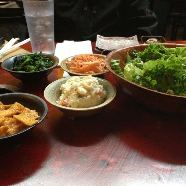 Foto scattata a Hae Jang Chon Korean BBQ Restaurant da Burt B. il 1/27/2013