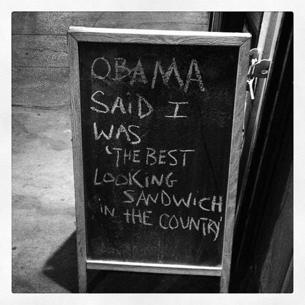 Foto tirada no(a) JoeDough Sandwich Shop por @HungryEditor B. em 4/8/2013