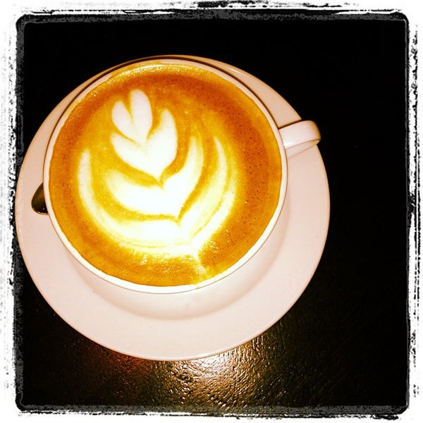Das Foto wurde bei Coffee Foundry von @HungryEditor B. am 11/2/2013 aufgenommen