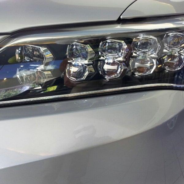 Снимок сделан в Southern Motors Acura пользователем GaySavannah O. 6/1/2013