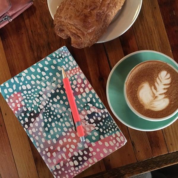 3/2/2016にCizenbayan E.がLenox Coffeeで撮った写真