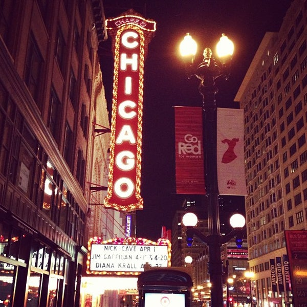 Foto scattata a The Chicago Theatre da Mathieu H. il 1/14/2013