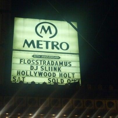 Foto diambil di Metro oleh Mary pada 12/23/2012