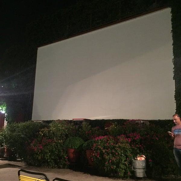 Photo prise au Cine Thisio par Στάθης Κ. Σ. le7/20/2018