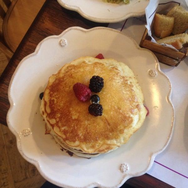 Los pancakes más ricos que hay, me encantan los chilaquiles por picositos