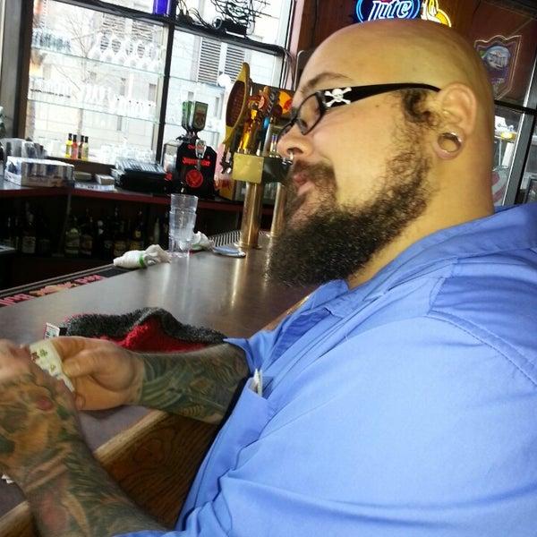11/22/2013에 Lori D.님이 Wild Tymes Sports & Music Bar에서 찍은 사진