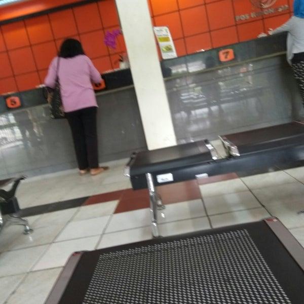 Foto Di Kantor Pos Jakarta Timur 13000 Pulogadung Jl Pemuda No 79