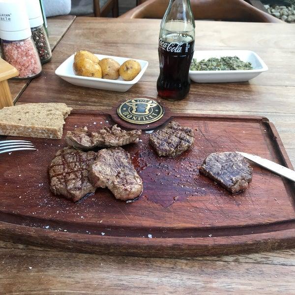 10/6/2019 tarihinde H.AKAziyaretçi tarafından Bonfilet Steak House & Kasap'de çekilen fotoğraf