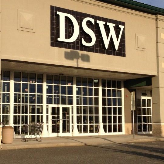 DSW Designer Shoe Warehouse - 2 tips