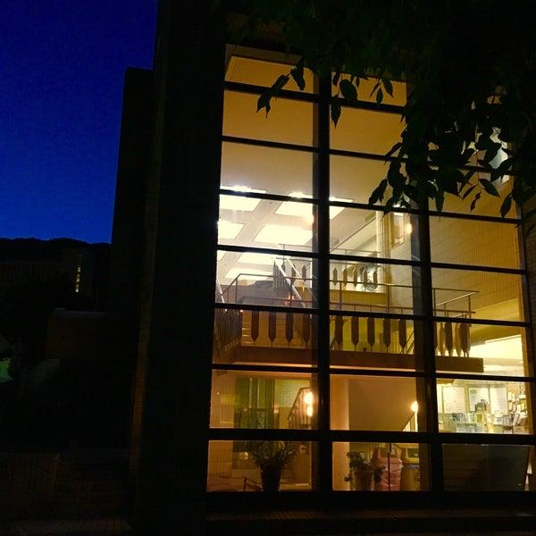 神戸大学図書館