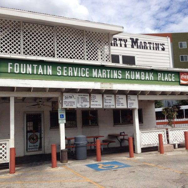 Foto scattata a Dirty Martin's Place da Park S. il 9/9/2013