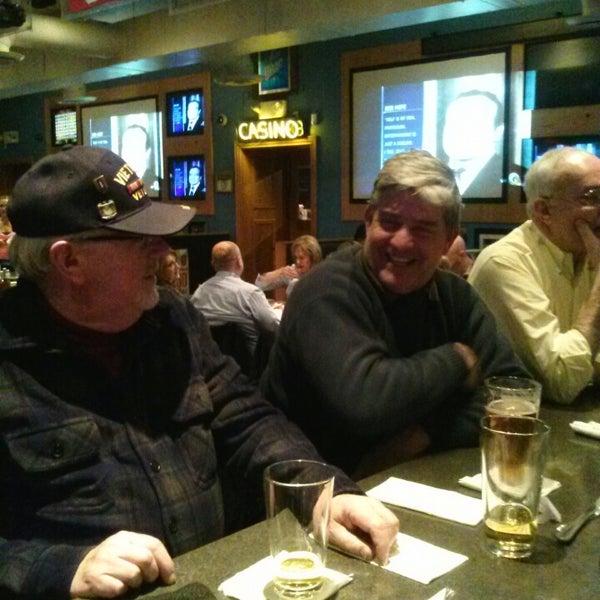 Foto scattata a Doc's Sports Retreat da Randy M. il 1/17/2014