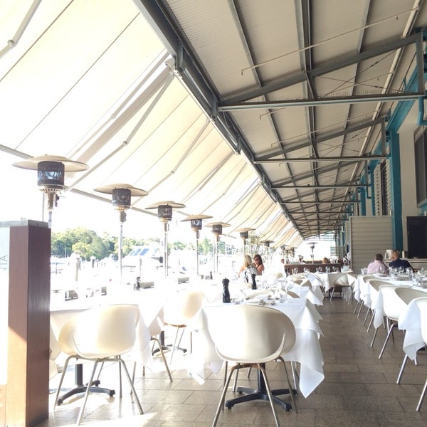 Foto scattata a Manta Restaurant da Anna E. il 1/10/2014