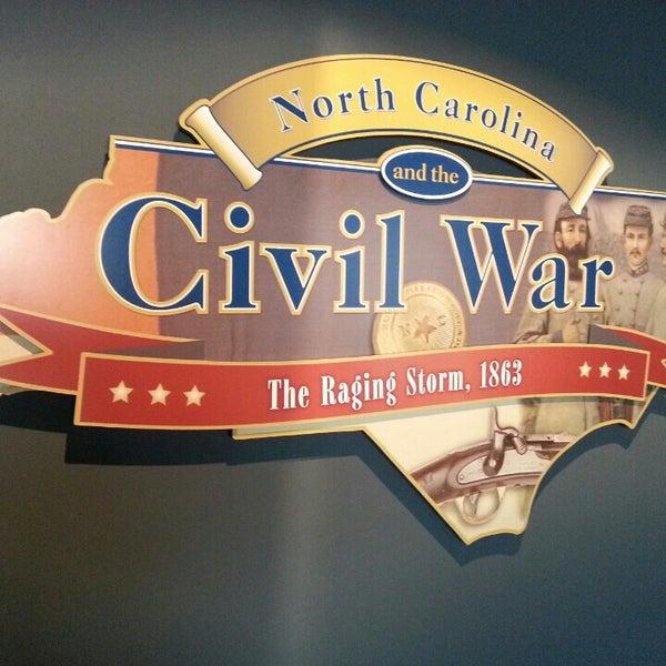 รูปภาพถ่ายที่ North Carolina Museum of History โดย Ryan M. เมื่อ 5/3/2013
