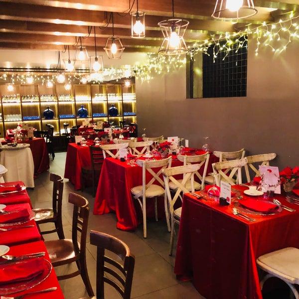 รูปภาพถ่ายที่ Catedral Restaurante & Bar โดย CARLOS D. เมื่อ 12/25/2018