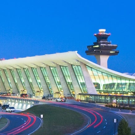 Foto diambil di Washington Dulles International Airport oleh Ben O. pada 6/13/2013