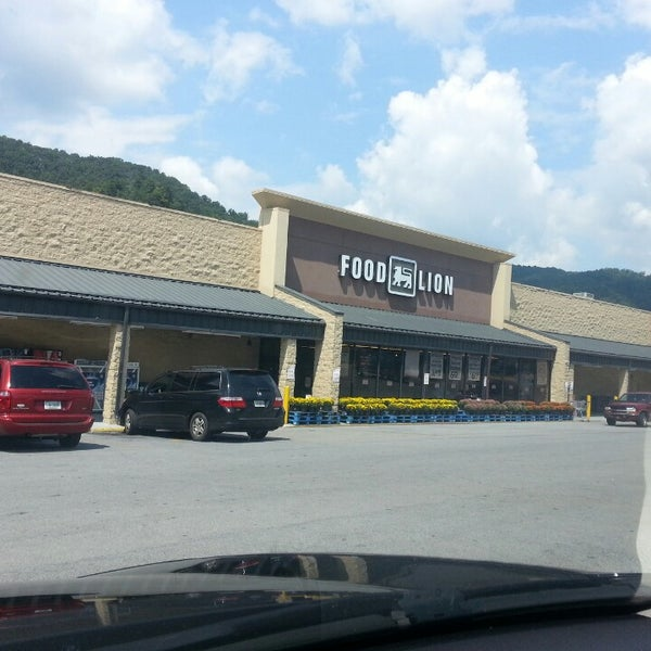 Food Lion Grocery Store - Erwin, TN