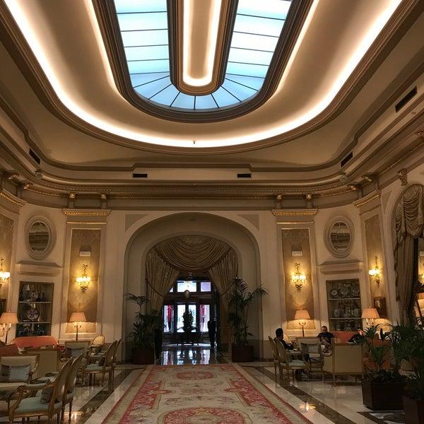 Foto tirada no(a) El Palace Hotel Barcelona por Habib L. em 2/25/2020