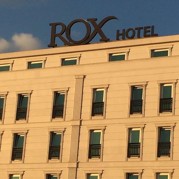 12/3/2015 tarihinde Resul T.ziyaretçi tarafından Rox Hotel'de çekilen fotoğraf