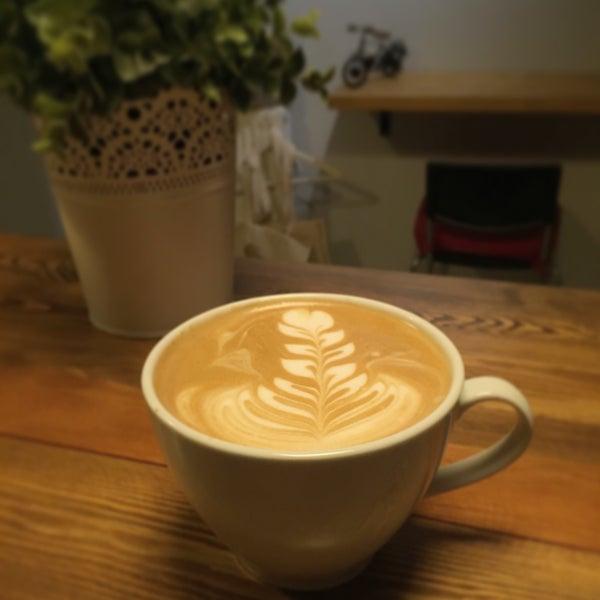 Foto tirada no(a) Cotta Coffee por Gunes O. em 1/22/2017